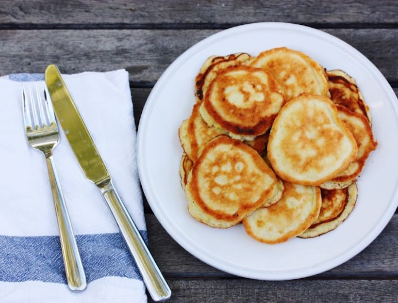 coconut-flour-pancakes-e14194832884491