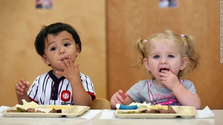 160405174527-kids-eating-exlarge-169.jpg