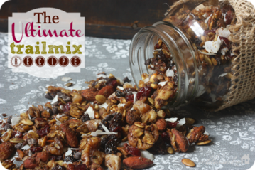 ultimate-trail-mix-recipe-550x366